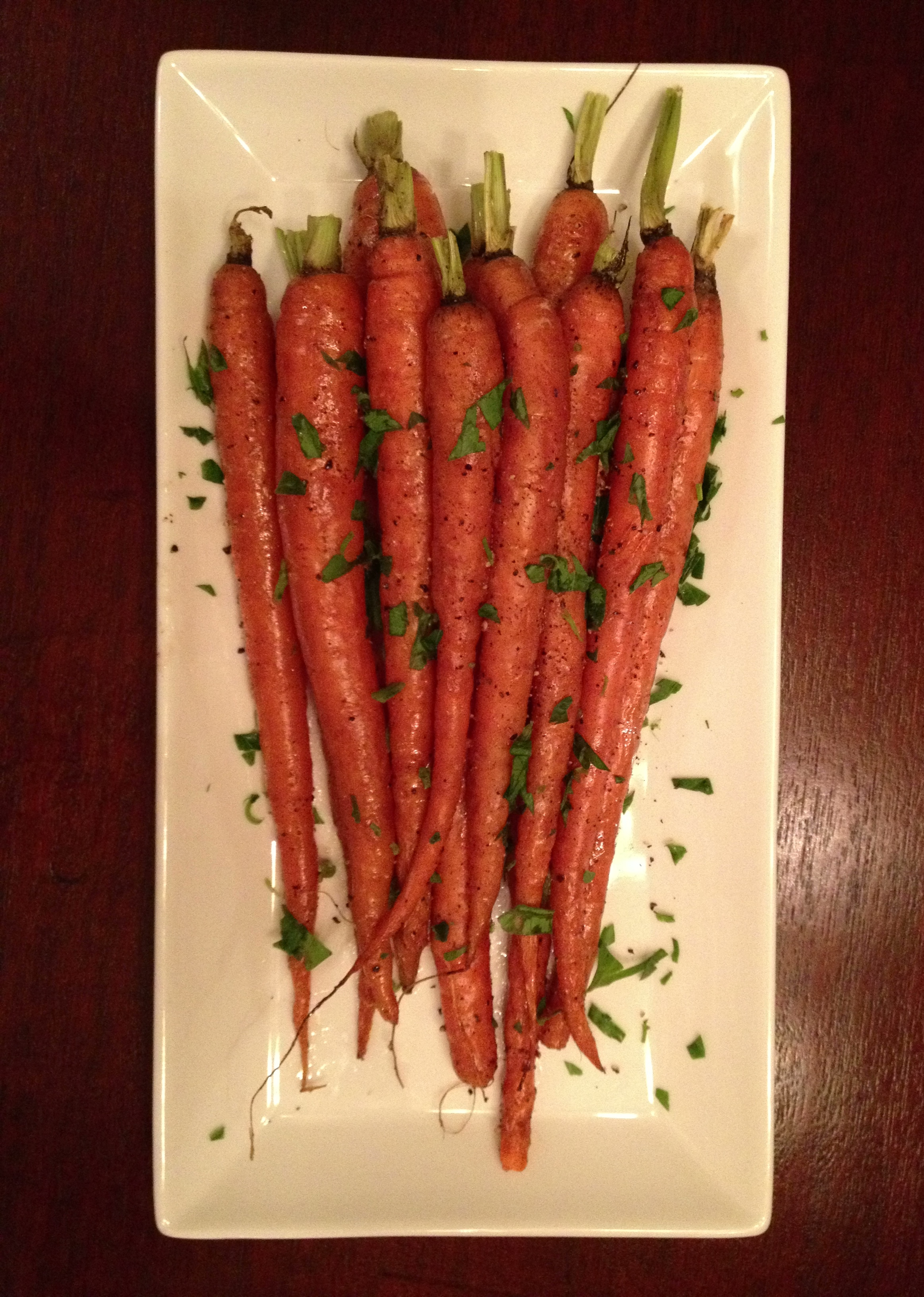 Simple Roasted Carrots from www.meganopel.com