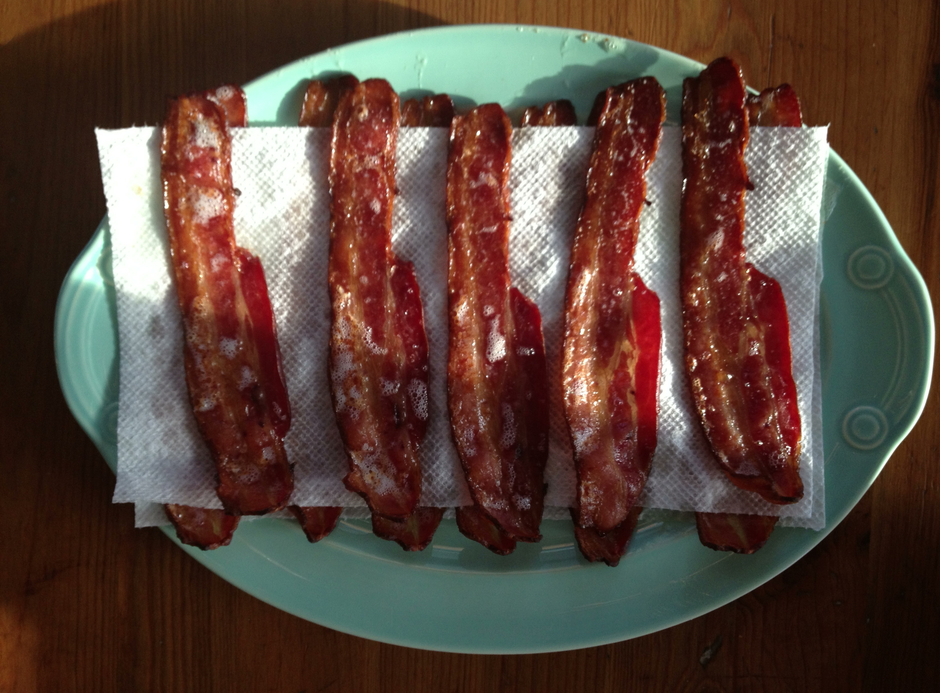 How to Cook Bacon (Without Burning it to a Crisp) - Technique from @Cooking Light via @Meg | Peaches and Cake