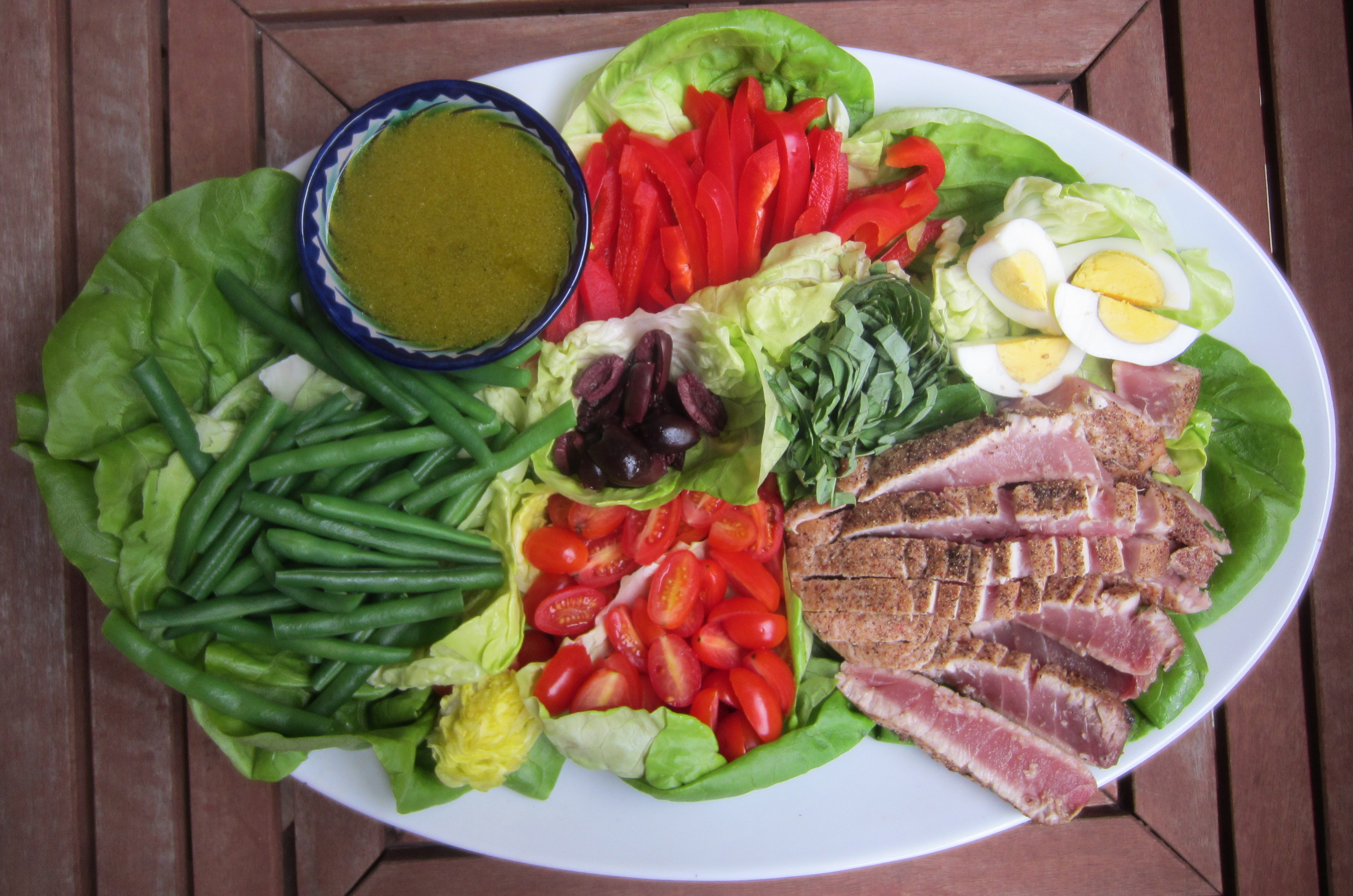 Deconstructed Tuna Niçoise Salad