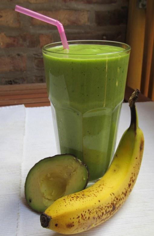 Avocado Banana Spinach Smoothie