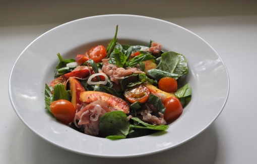 Summertime Peach and Prosciutto Salad